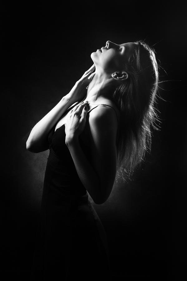 El modelo de Basson ayuda a dar respuesta a la clásica pregunta acerca de si el deseo femenino necesita solo de la estimulación genital o es además importante el juego previo, el contacto de otras zonas erógenas y el poder de la fantasía (Getty Images)
